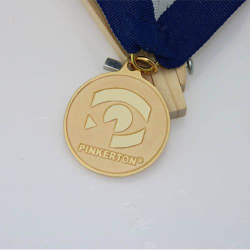 Custom Medals With No Minimum