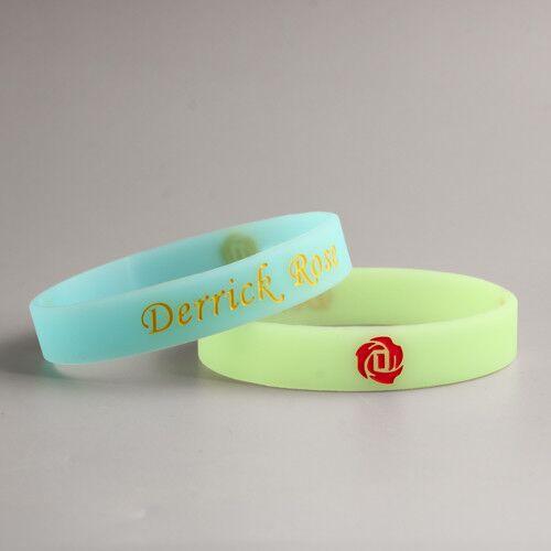 Derrick Rose Colored wristbands